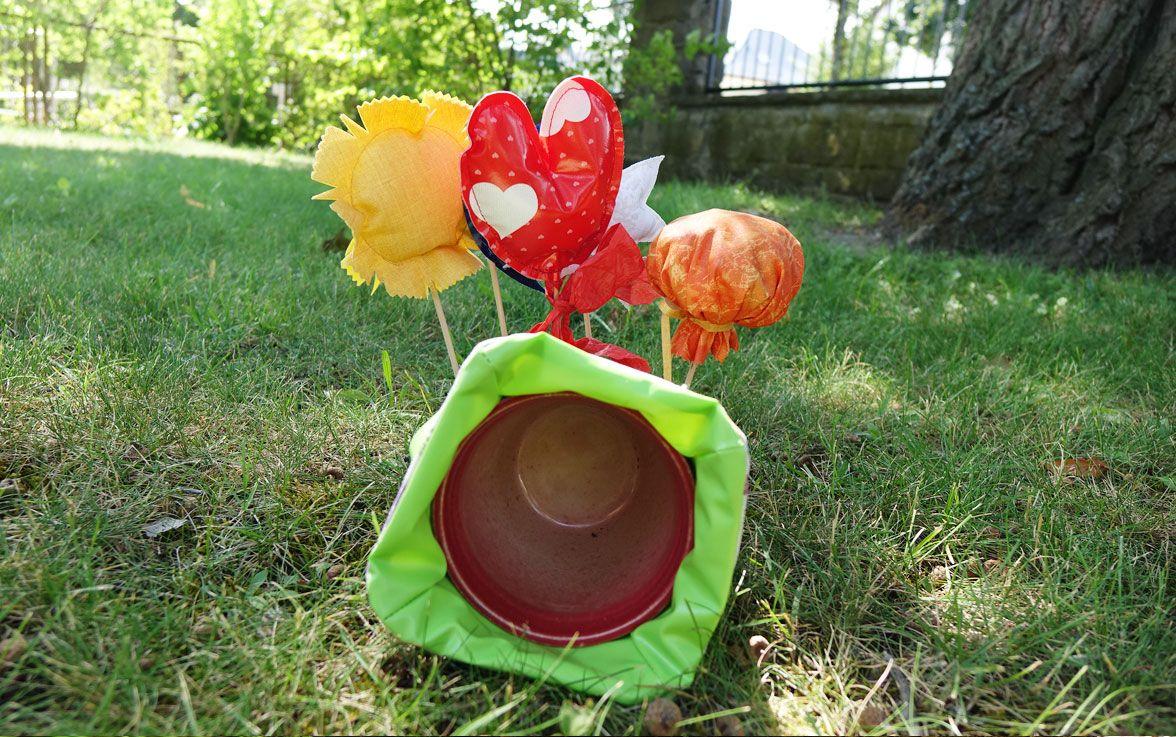 Deko-Blumentopf und Dekospieße ganz einfach nachbastelnn