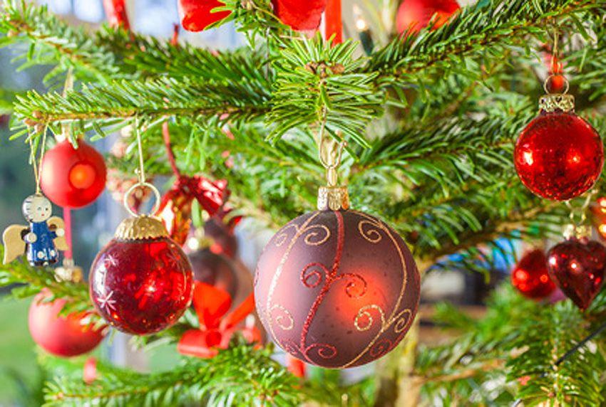 Farben und Deko für die Weihnachtszeit